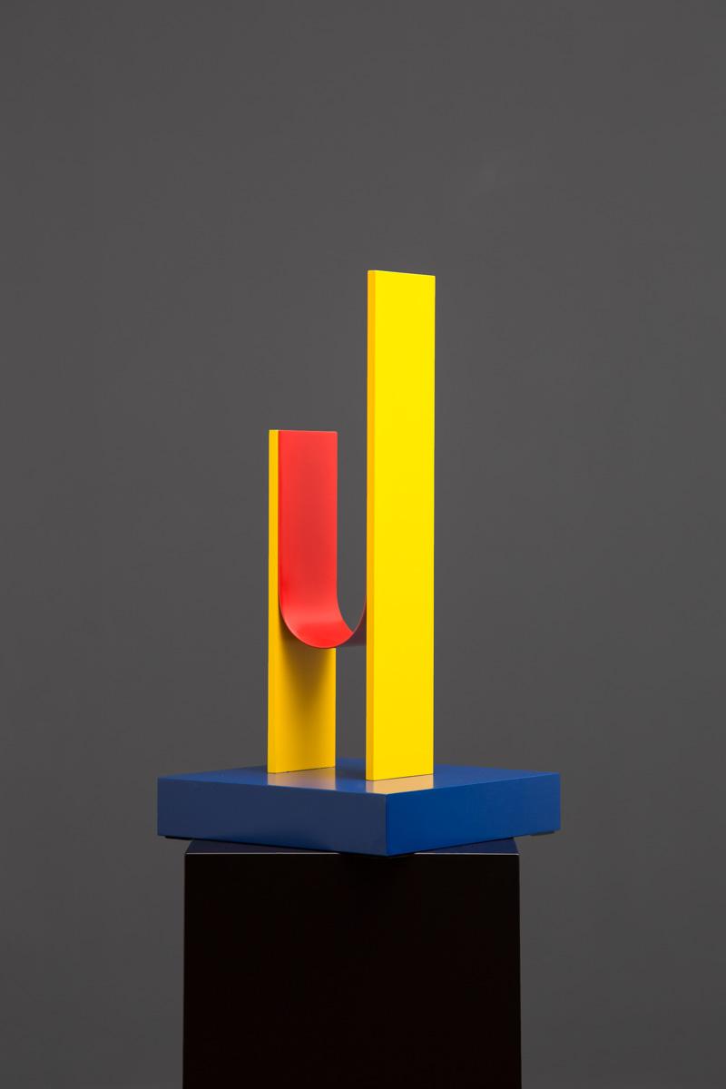 Czerwony, czarny i żółty