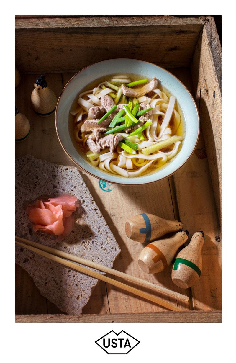 Japoński rosół z udonem