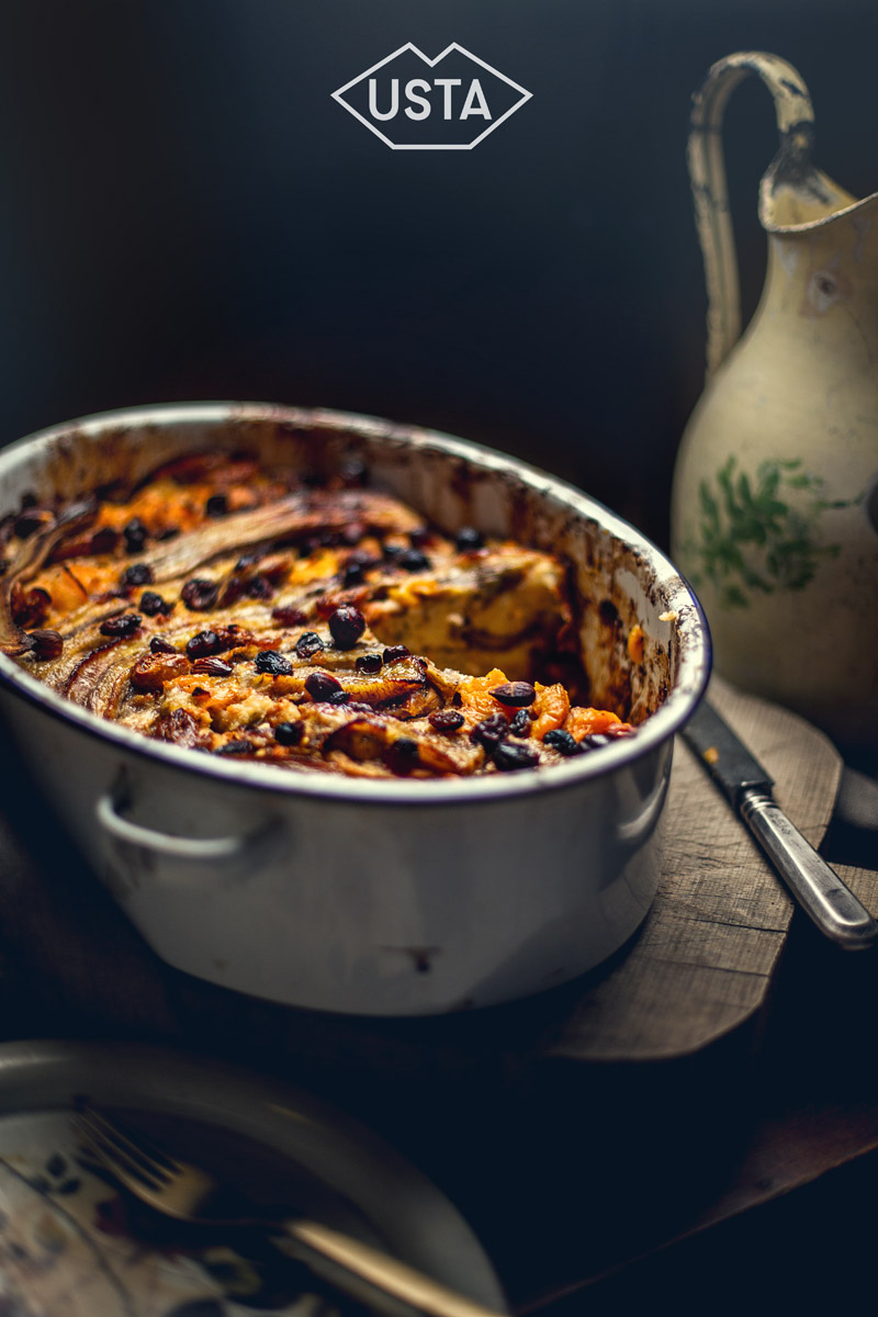 Bread pudding kardamonowy